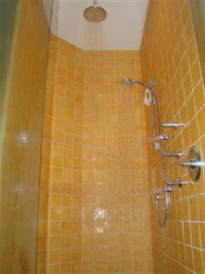 img_bathroom2